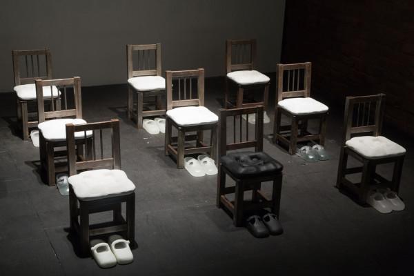 Silvia Levenson, Sit down, children