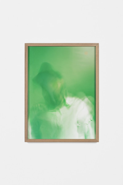 <span class=%22title%22>Autoritratto su Menta (con Camicia Bianca) / Self-portrait on Mint Syrup (with white shirt)<span class=%22title_comma%22>, </span></span><span class=%22year%22>2011</span>