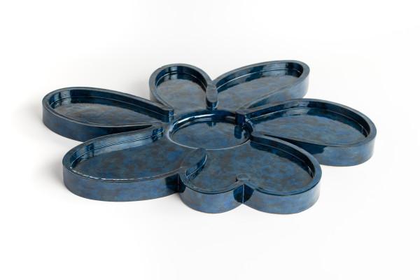 Whitney Lowe, Flower no._2 Blue, 2019