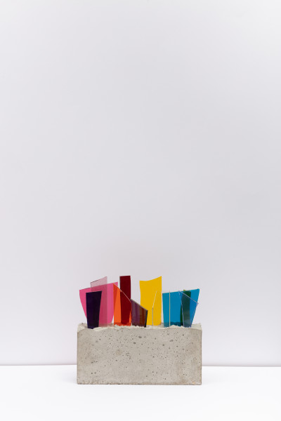 David Batchelor Concreto 1.0h/14, 2014 coloured glass and concrete 19 x 21.5 x 6.5 cm