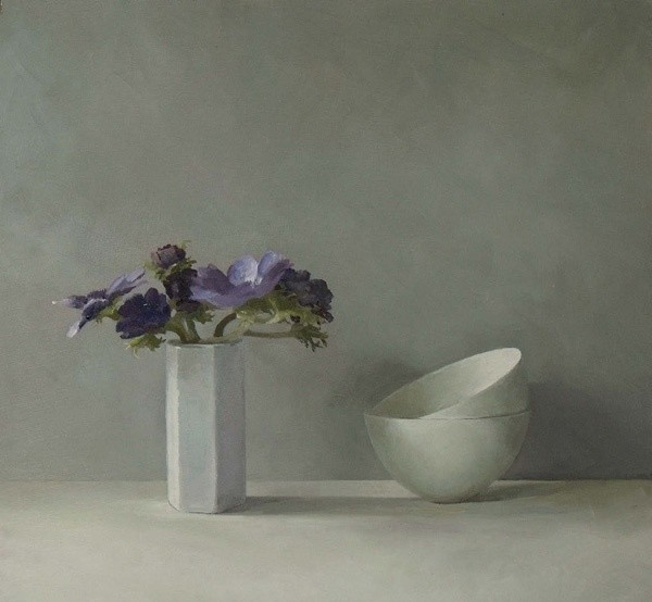 Helen Simmonds, Anemones and Porcelain Bowls