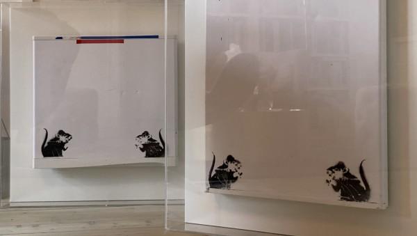 Banksy, Bowler Hat rats on fridge door (upper panel), Ca. 2004