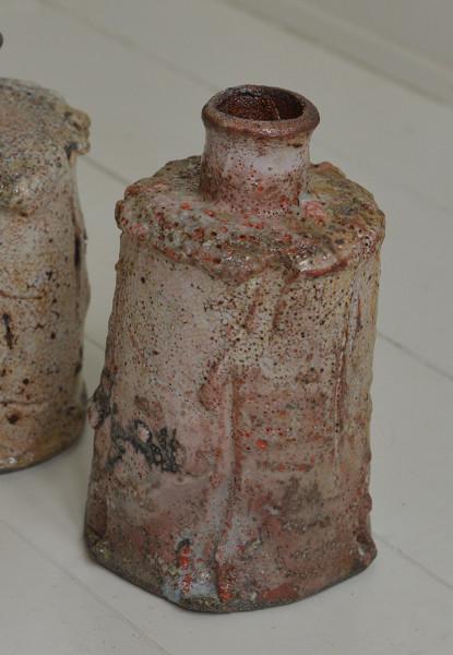 Hans Vangsø, Flaske
