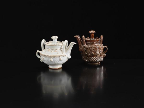 Ian Godfrey, Teapot, 1970s