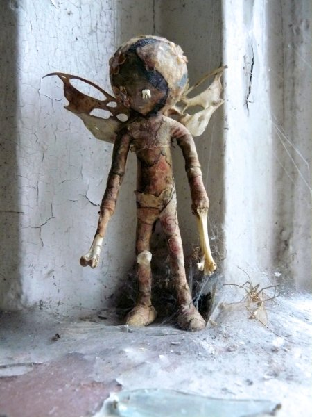 Penny Lamb, Untitled (doll 1), c. 2001