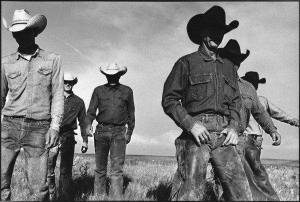 Laura Wilson, Cowboys Walking, J.R. Green Cattle Company, Shackelford County, Texas, 1997