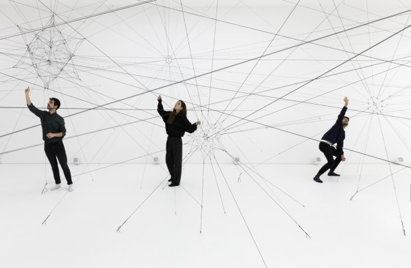 Journey Through the Gallery – Tomás Saraceno, Algo-r(h)i(y)thms