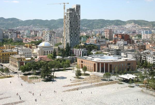 Anri Sala and N1N4E win the European Prize for Urban Public Space