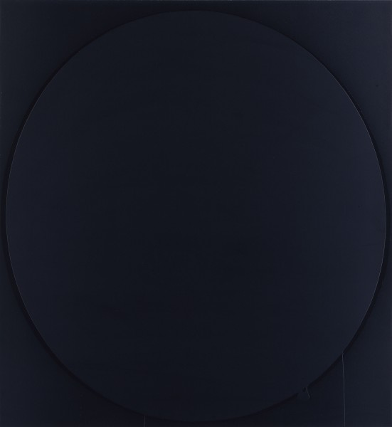 Oval: black, 2002