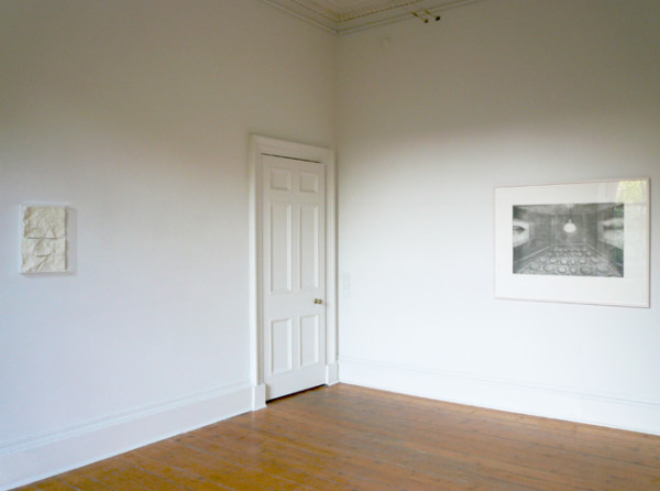 (left) Richard Forster - Love:Horizon (right) Richard Artschwager - Horizon 2007, 1990 resin and paint, painted mdf, acyrlic case; photogravure etching 31 x 43.5 x 5 cm; 118 x 91 cm