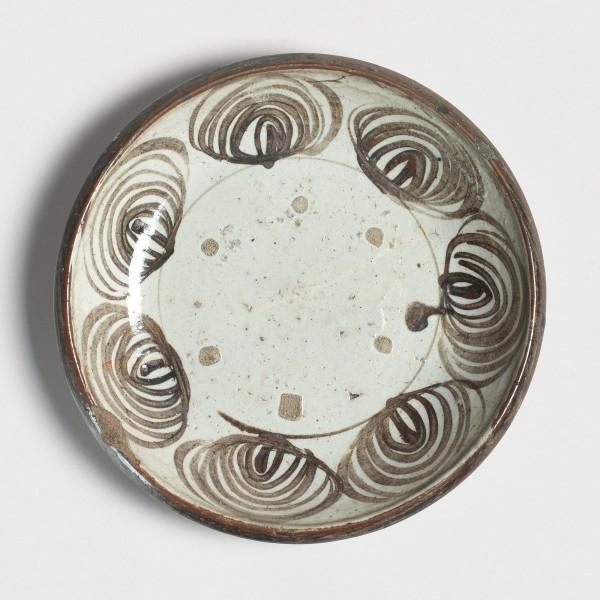Keramik, #001211 Ishizara - Steinteller vom Typ uma-no-me-zara - Pferdeaugenteller., 2. Hälfte Edo-Zeit (1615-1868)