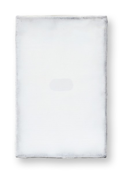 Hideaki Yamanobe #022246 Light on Bright S-3, 2020 Acryl und Sand auf Nessel 28 x 18 x 4 cm