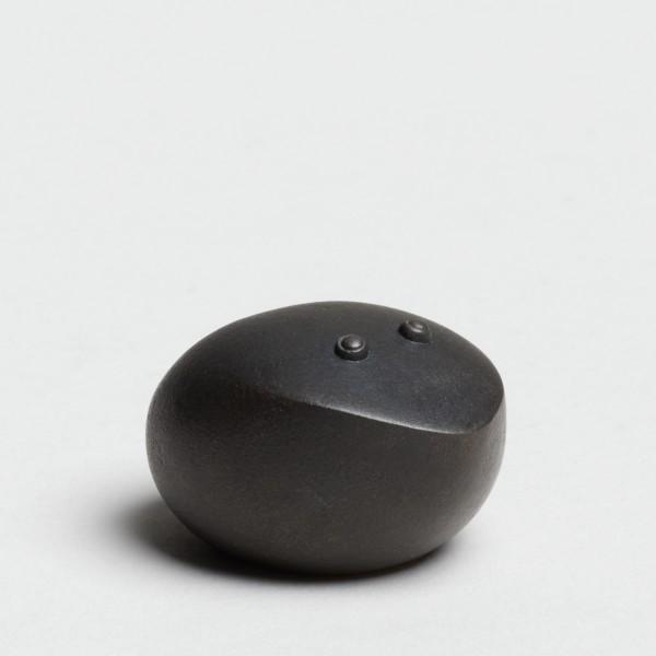Andreas Caderas. Frösche #022122 Frosch, 2019 Bronze unten Feinsilber 2,5 x 3,5 x 4 cm
