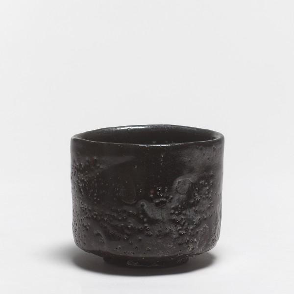 Shiro Tsujimura, #000613 Teeschale (chawan), kuro-raku-Typ, Devon, England, 1993