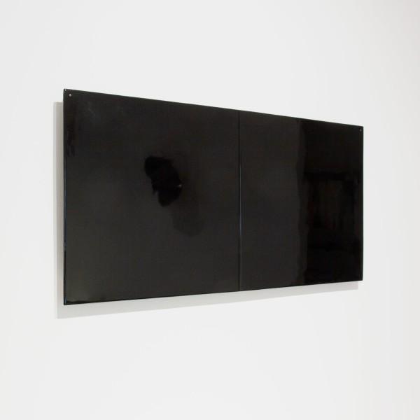 Joachim Bandau #021915 o.T., 2008 / schwarz, 2008 Bagan-Lack über Holzkern 37 x 74 cm