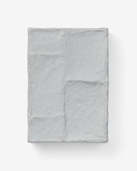 Jürgen Schön #021701 Objekt, 2010 Papier, Karton, Lack 38,5 x 27 x 7,5 cm