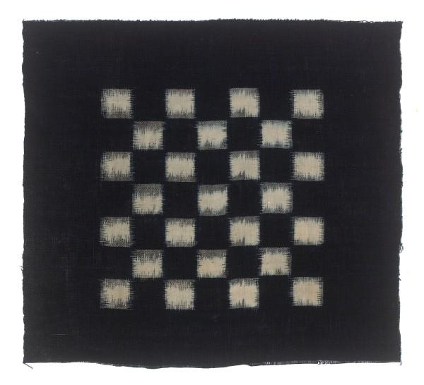 Textilien, #004104 Kasuri, Schachbrettmuster aus 25 weissen Quadraten