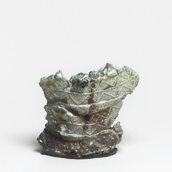 Kei Tanimoto #021320 Vase (hanaire), Iga-Typ, 2016 Steinzeug mit natürlichem Ascheanflug (Anagama Brand) 18,5 x 19,5 x 7,5 cm