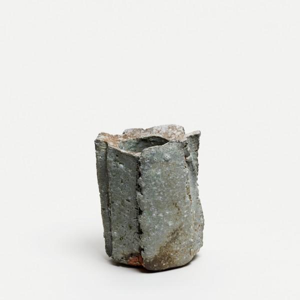 Yasuhisa Kohyama #022059 Danpen (Fragment), Vase, 2019 Steinzeug, Anagama-Brand 14 x 10,5 x 9 cm
