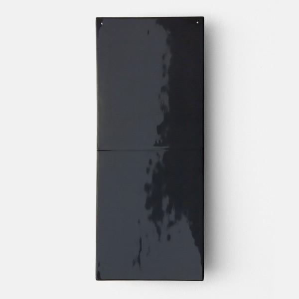 Joachim Bandau #021919 o.T., 2008 / schwarz, 2008 Bagan-Lack über Holzkern 44 x 18,5 cm