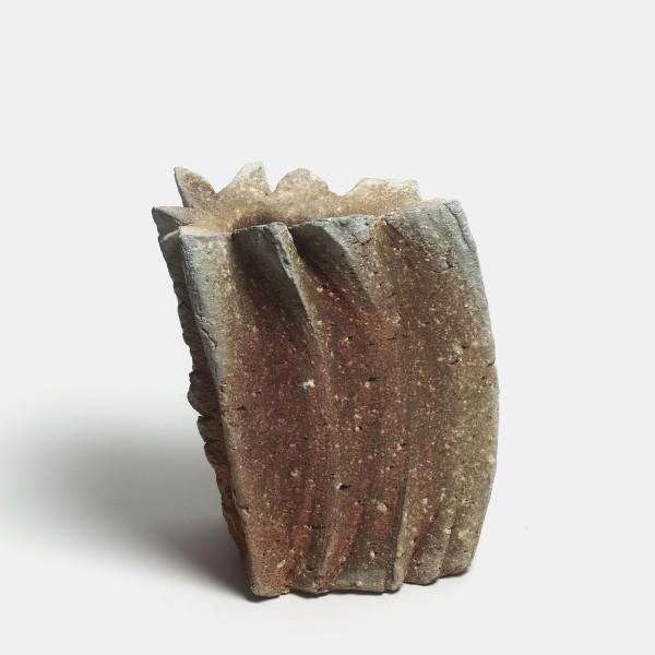 Yasuhisa Kohyama #021057 Danpen (Fragment), 2013 Steinzeug, Anagama-Brand 24 x 17,5 x 15 cm