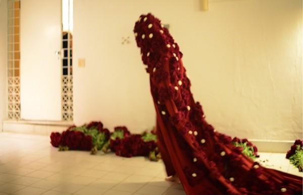Güler Ates, Flower Peformance V