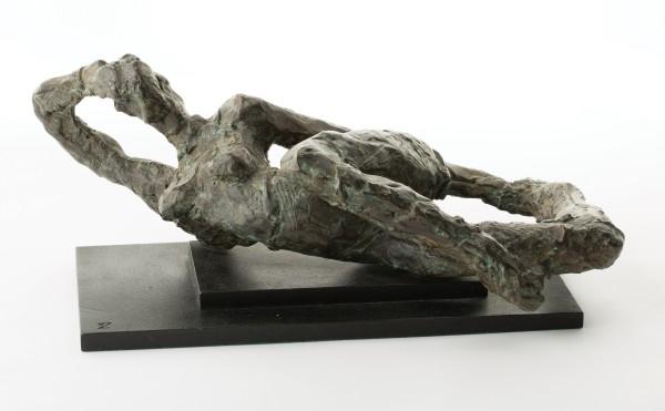 IVOR ABRAHAMS Reclining figure, 1986 Bronze 16 x 35 x 20 cm (6 1/4 x 13 3/4 x 7 7/8 in) £5000