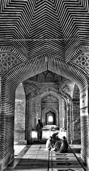 William Dalrymple , Shah Jahan Masjid, Thatta 3