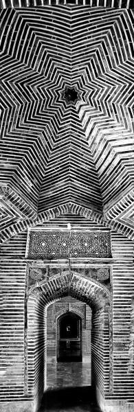 William Dalrymple , Shah Jahan Masjid, Thatta 2