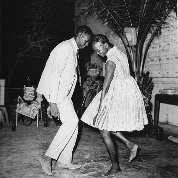 Malick Sidibé - Nuit de Noël (Christmas Eve), 1963, printed later