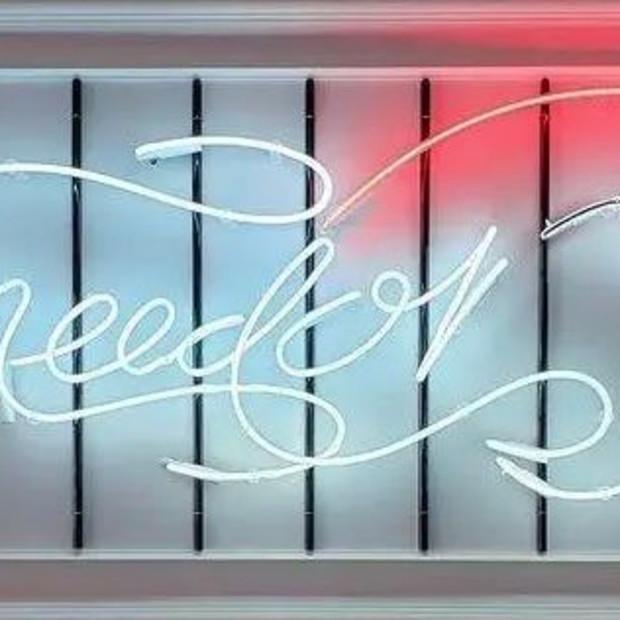 Courty Neon Art - FREEBIRD, 2021