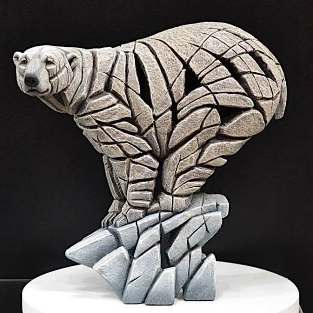 Matt Buckley, Polar Bear, 2018, 2018