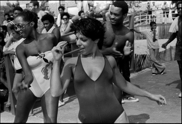 Joseph Szabo, Jones Beach Disco, 1980