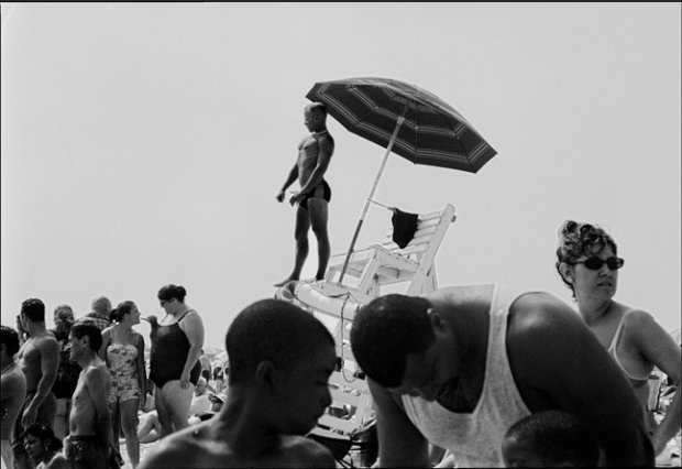 Joseph Szabo, Lifeguard on Alert, 2002