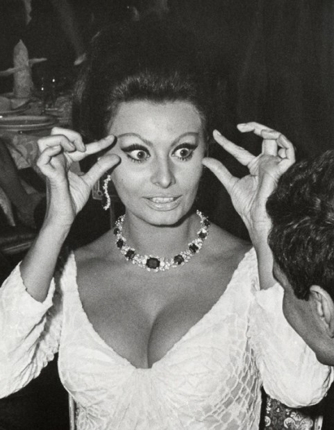 Ron Galella, Sophia Loren at the premier of Doctor Zhivago, Americana Hotel, New York, December 22, 1965, 1965