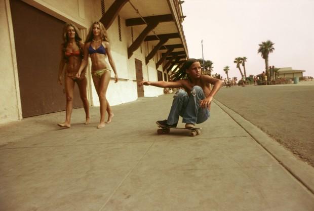 Hugh Holland, Sidewalk Surfer, Huntington Beach, 1976