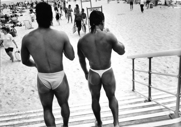 Joseph Szabo, Guys in Speedos, 1990