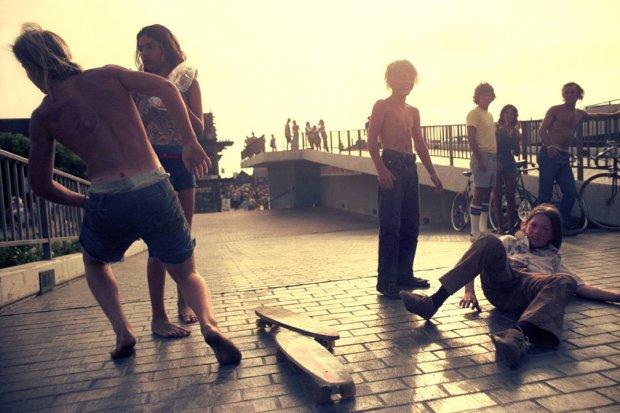 Hugh Holland, Collision on the Ramp, Redondo Beach Pier (No. 69), 1975