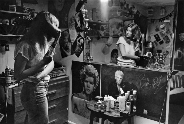 Joseph Szabo, Dawn in Her Room, 1985