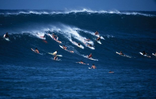 LeRoy Grannis, Mob Scene, Sunset Beach, 1967