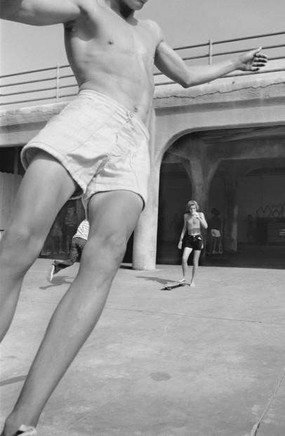 Hugh Holland, Flash at the Pier, Huntington Beach, CA, 1975