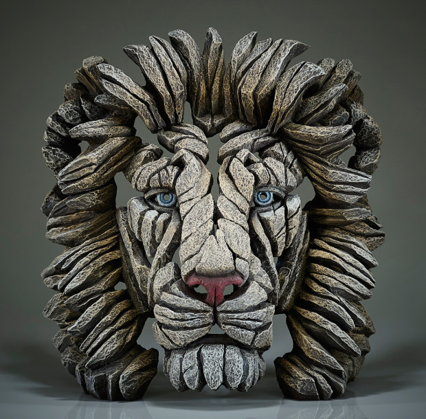 Matt Buckley, Lion Bust (White)