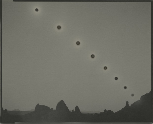Chris McCaw Sunburned GSP#1031 (Mojave/expanding), 2019 Unique gelatin silver paper negative 20.3 x 25.4 cm 8 x 10 in