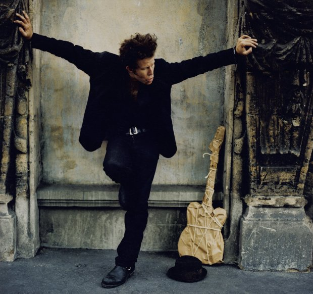 Jean-Baptiste Mondino, Tom in Paris, 2002