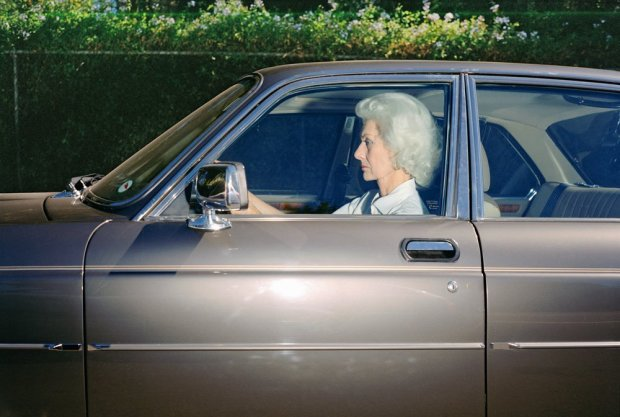 Andrew Bush, Woman caught in traffic while heading southwest on U.S. Route 101 near the Topanga Canyon Boulevard exit, Woodland Hills, California, at 5:38 p.m. in the sumer of 1989