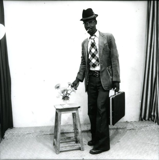 Malick Sidibé, Aprés le studio, le voyage à France, 1972, printed later