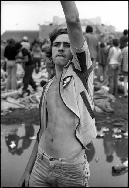 Joseph Szabo, Rolling Stones Fans No. 3, JFK Stadium, Philadelphia, 1978