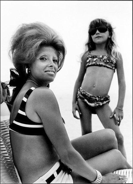 Joseph Szabo, Mrs. K & Daughter, 1970