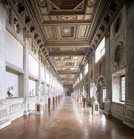 <span class=&#34;artist&#34;><strong>Candida Höfer</strong></span>, <span class=&#34;title&#34;><em>Palazzo Ducale Mantova V 2011</em></span>