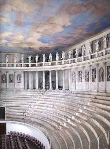 <span class=&#34;artist&#34;><strong>Candida Höfer</strong></span>, <span class=&#34;title&#34;><em>Teatro Olimpico Vicenza III 2010</em></span>